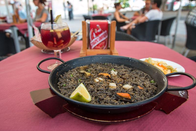 Aroz-Valenciana-paella-negra