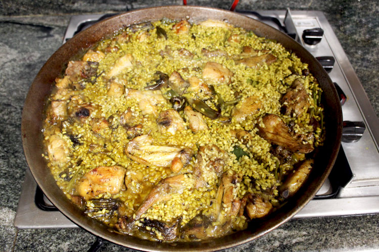Traditional Valencian Meat Paella Recipe Step by Step